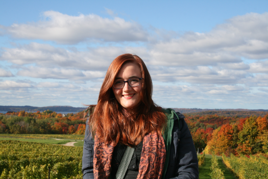 red-hair-wine-tasting-old-mission-peninsula-michigan